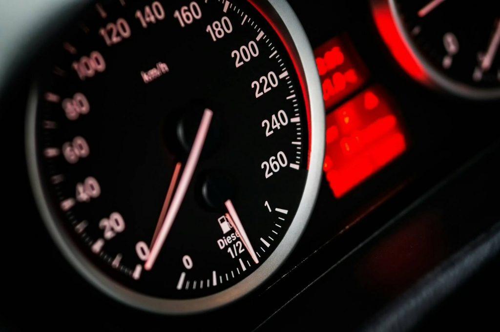 แนะนำการดูแลรถยนต์เบื้องต้น ที่คนขับต้องรู้