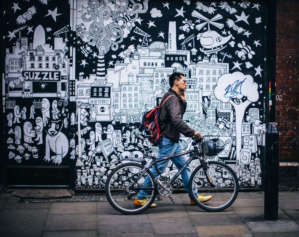 ทำอย่างไรเมื่อคุณต้องเดินในที่เปลี่ยว เรื่องทั่วไป เกร็ดความรู้รอบตัว เทคนิคต่างๆ สาระน่าสนใจ ทำอย่างไรเมื่อเดินในที่เปลี่ยว