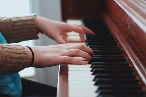 ฝึกเล่นดนตรียังไง..ให้ฟังเป็นเพลง เรื่องทั่วไป เกร็ดความรู้รอบตัว เทคนิคต่างๆ สาระน่าสนใจ เทคนิคการเล่นดนตรี